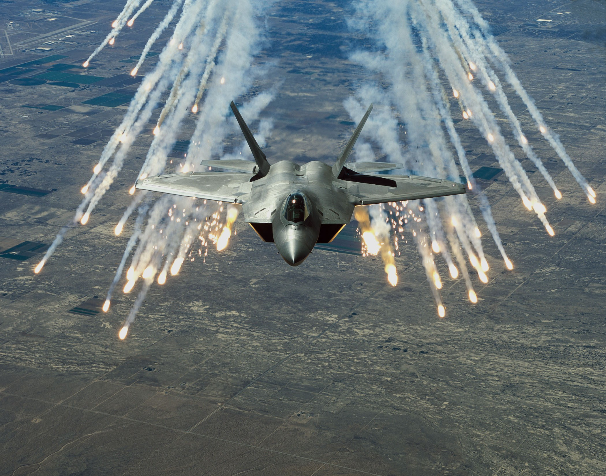 Lockheed Martin F 22 Raptor Computer Wallpapers Desktop Backgrounds 2100x1650