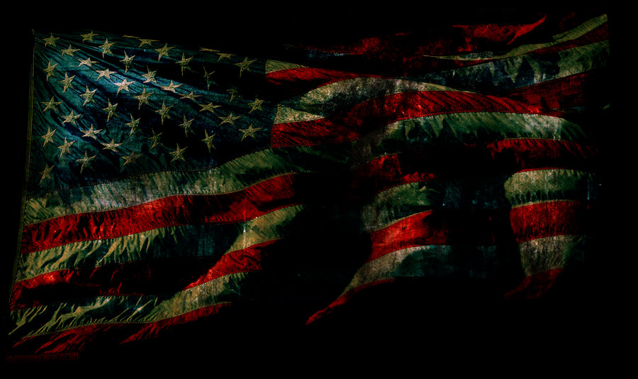 Grunge American Flag Wallpaper by designerfied 900x534