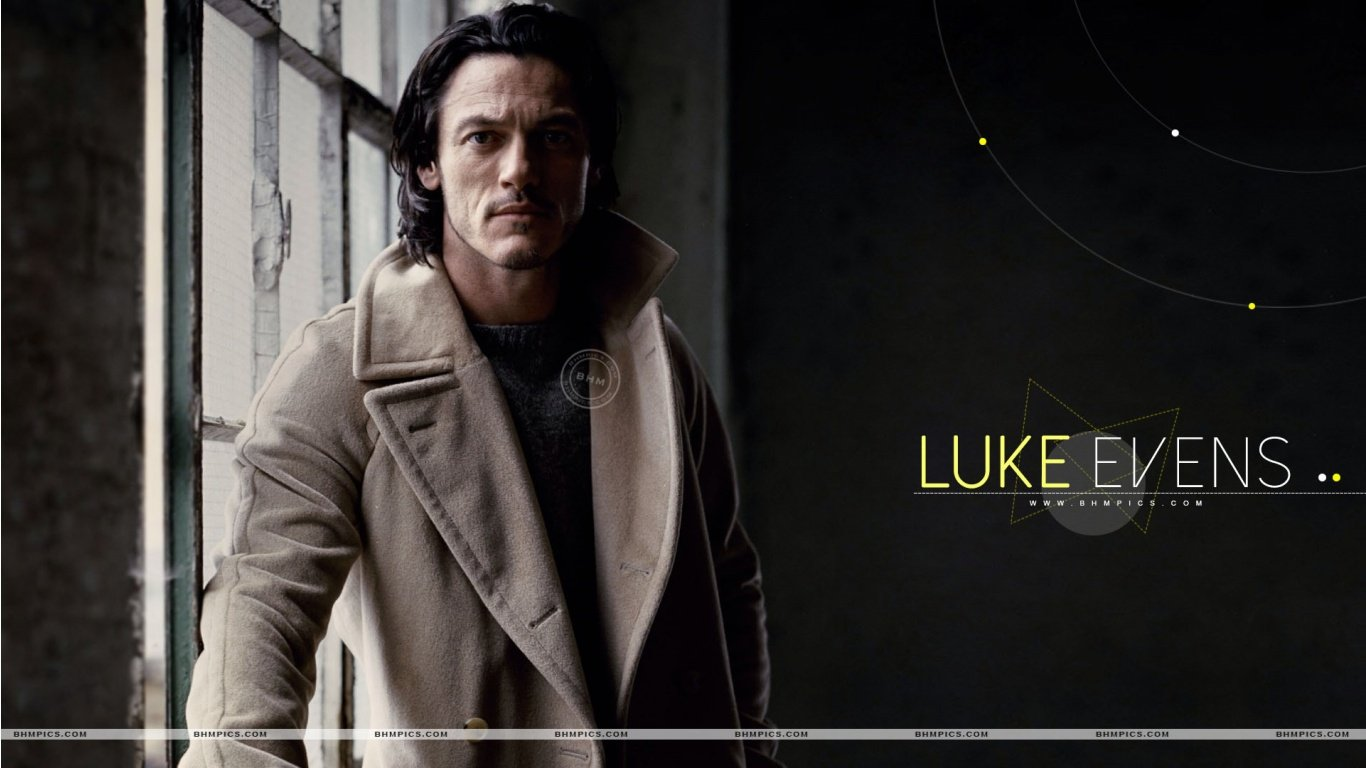 Handsome Luke Evans 1366 x 768 Download Close 1366x768