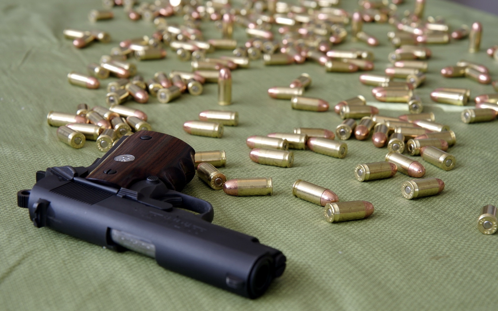 Weapons   Colt 1911 Wallpaper 1920x1200