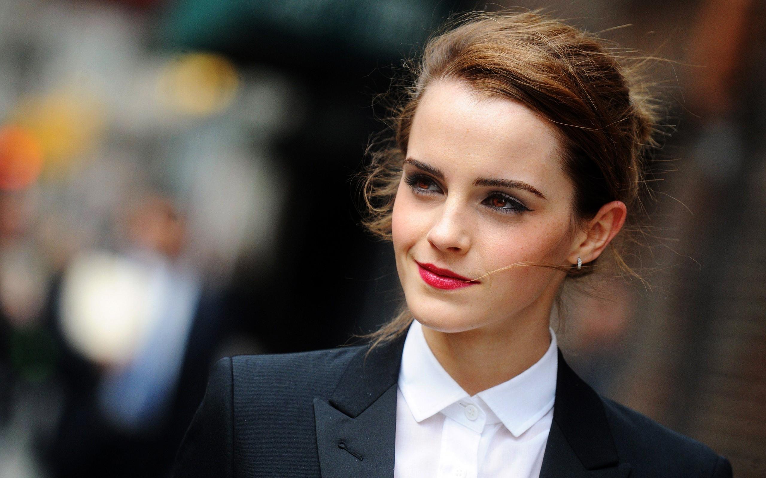 Emma Watson face actress girl   wallpaper 182369 2560x1600px 2560x1600