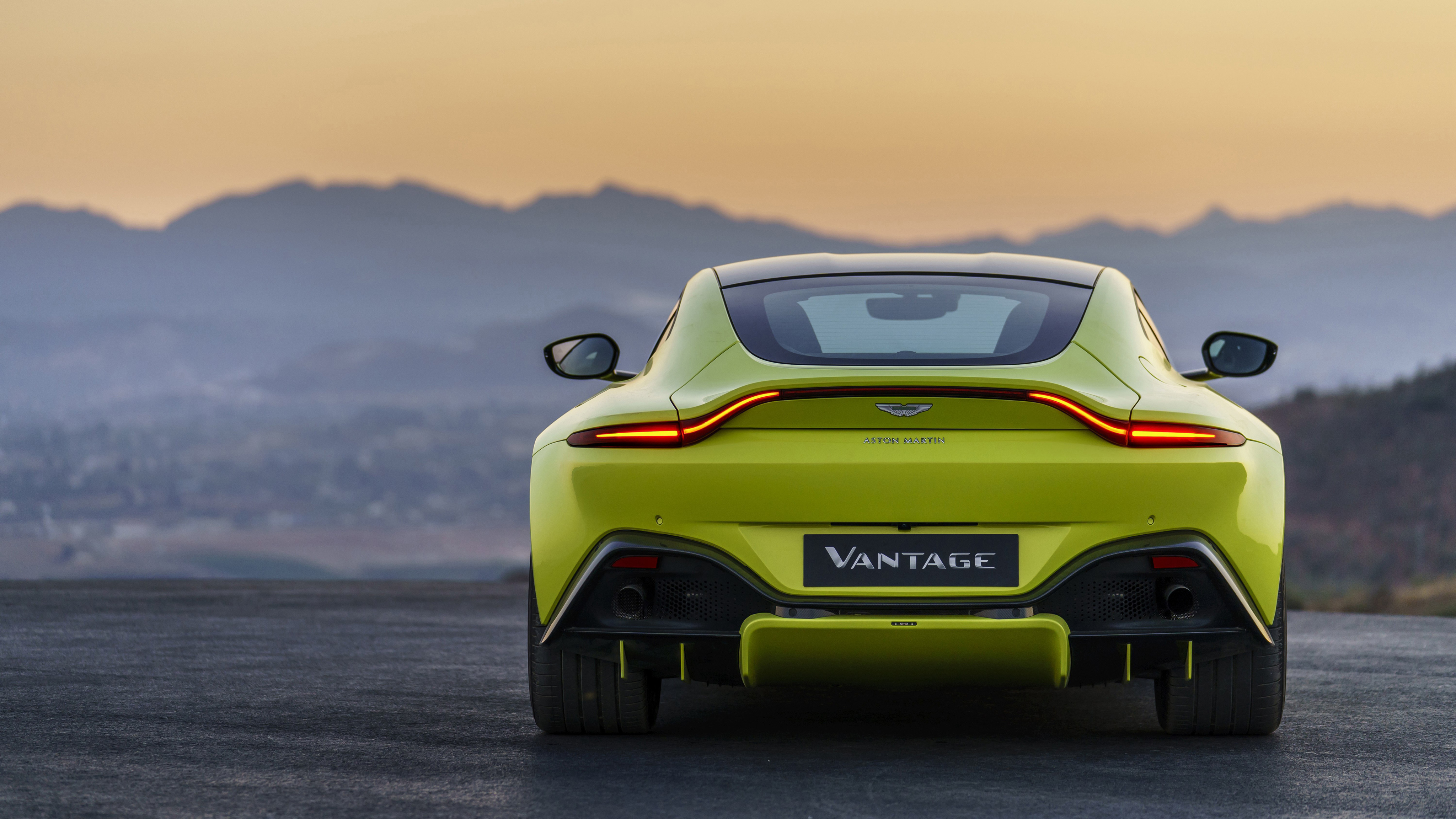 Aston Martin Vantage Wallpapers and Background Images   stmednet 4096x2304