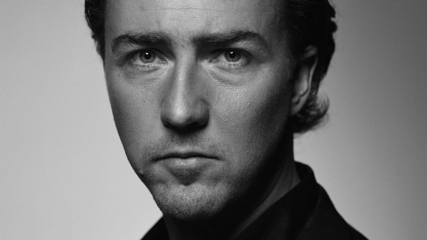 Edward Norton Face Wallpaper 50716 1366x768px 1366x768