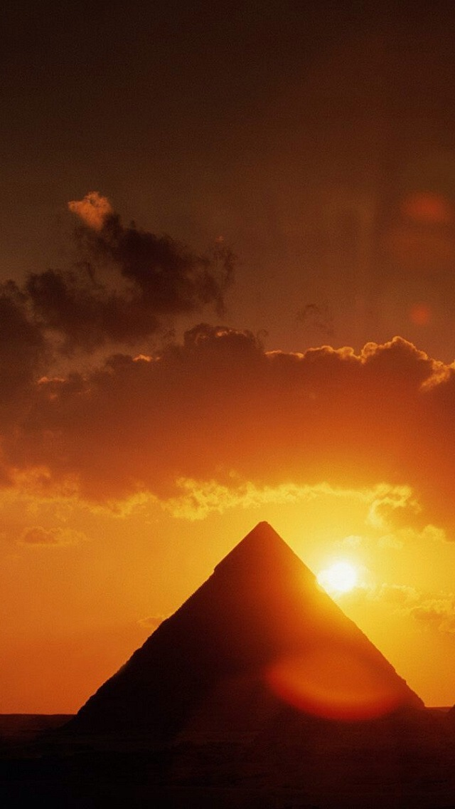 Free Download Pyramid Under The Sunlight Wallpaper Iphone