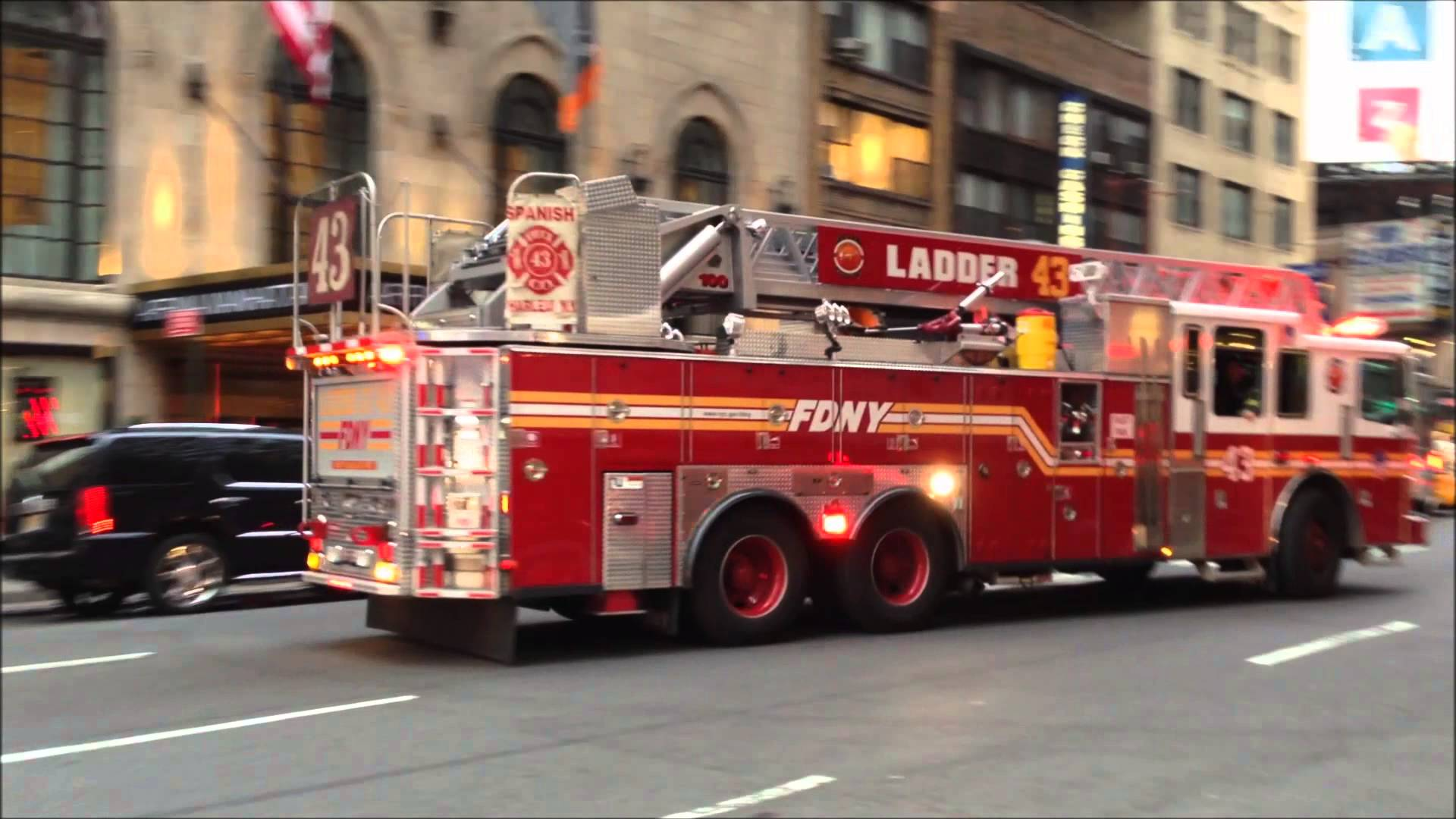 FDNY LADDER 43 ACTING 24 RESPONDING NEAR W 31ST ST 7TH AVE IN 1920x1080