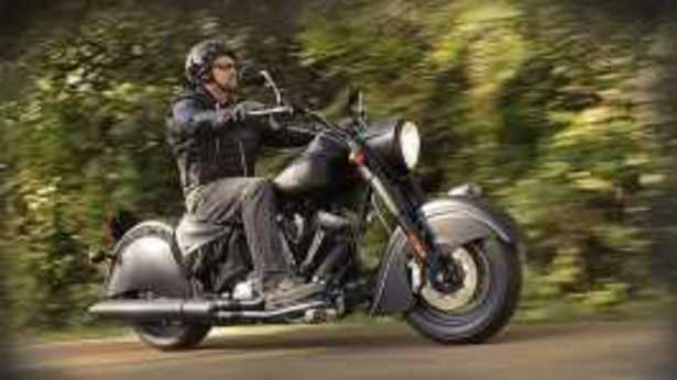 2013 Indian Chief Dark Horse wallpapers 2 532x300 2013 Indian Chief 615x346