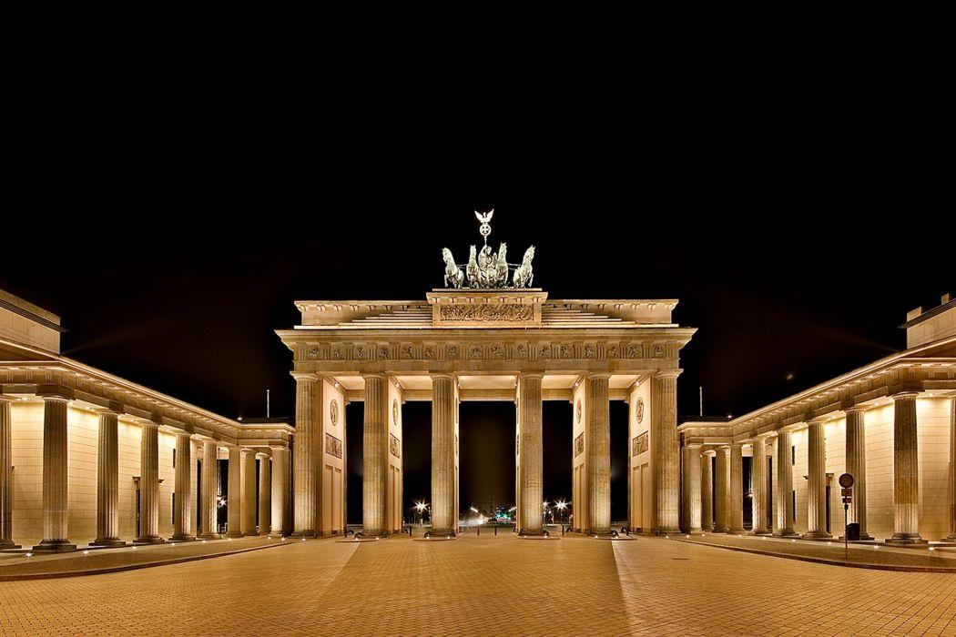Brandenburg gate berlin germany euope city monument night 1050x700