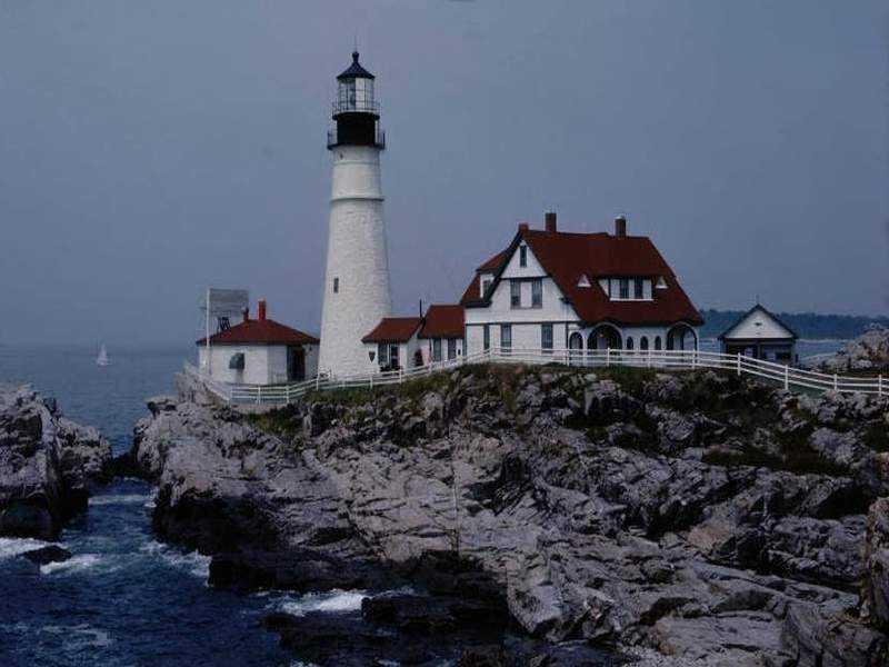 Lighthouse 800x600