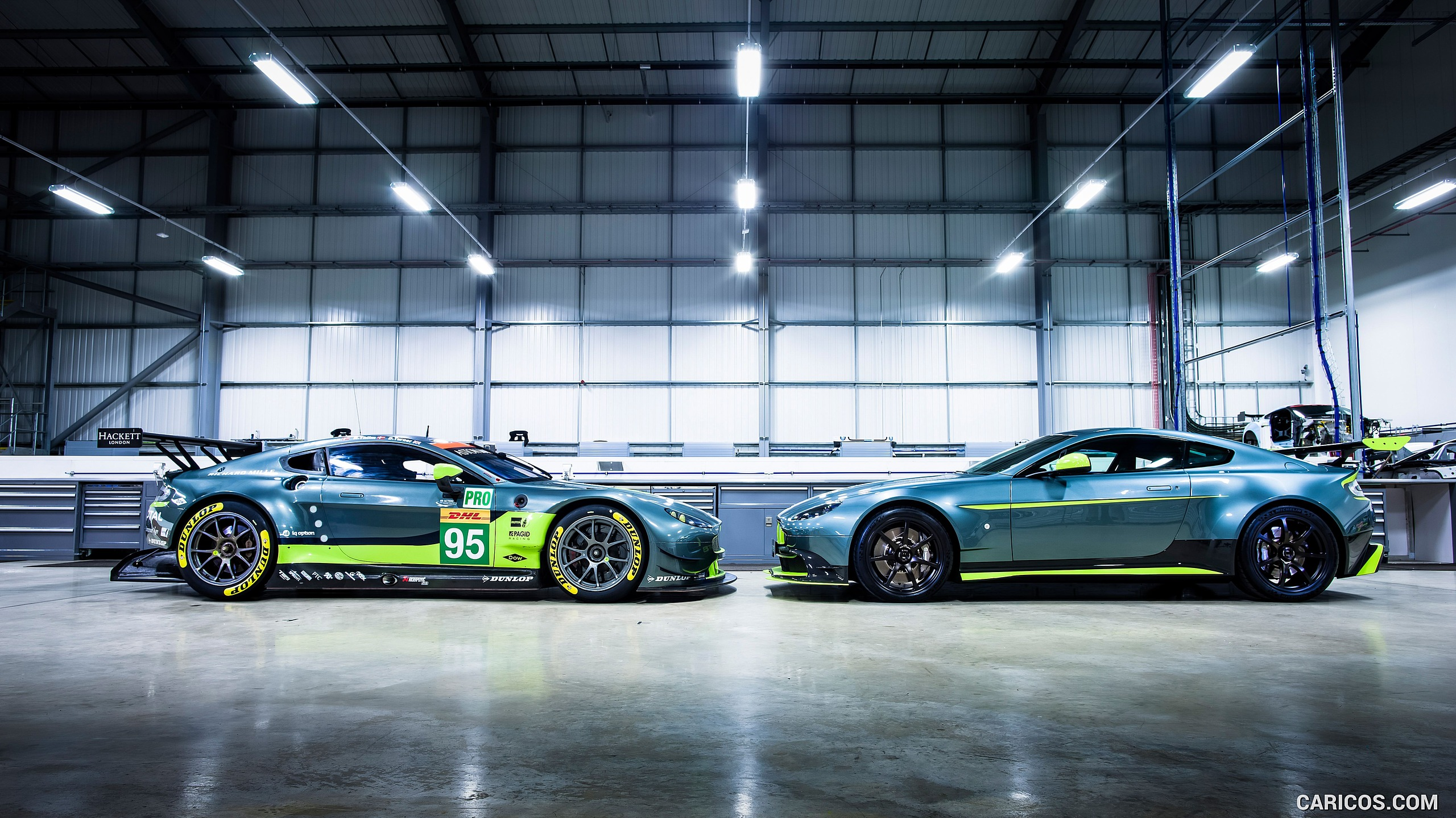 2017 Aston Martin Vantage GT8 and AM V8 Vantage GTE race car 2560x1440