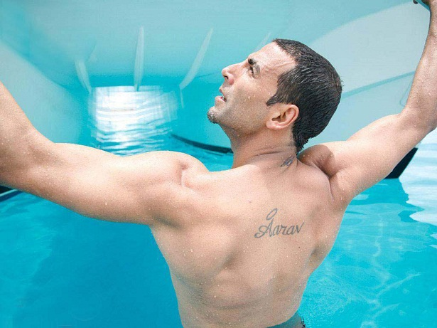 Akshay Kumar Pictures Images Photos Wallpapers Biography 615x461