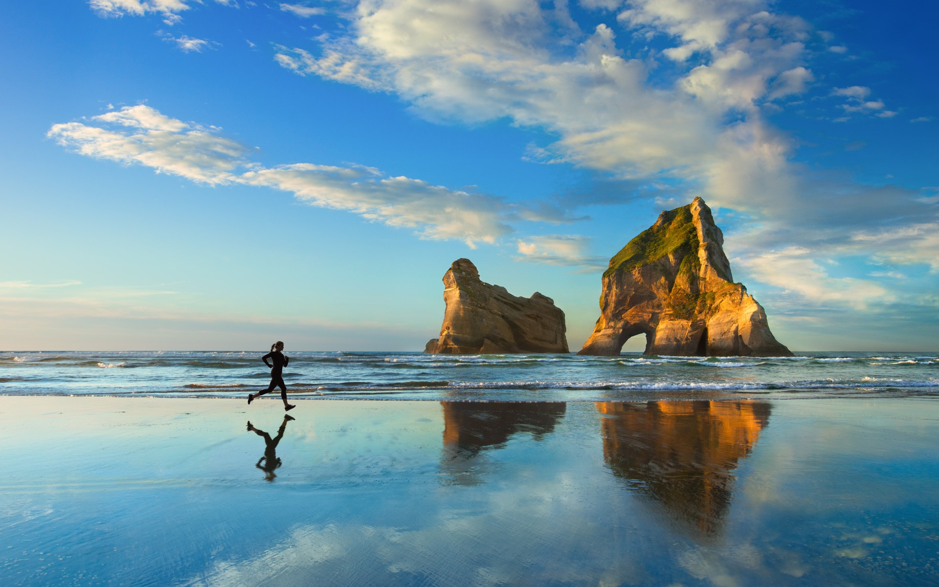 Home Nature HD Wallpapers Microsoft Windows Windows 10 Sea Rock 1920x1200