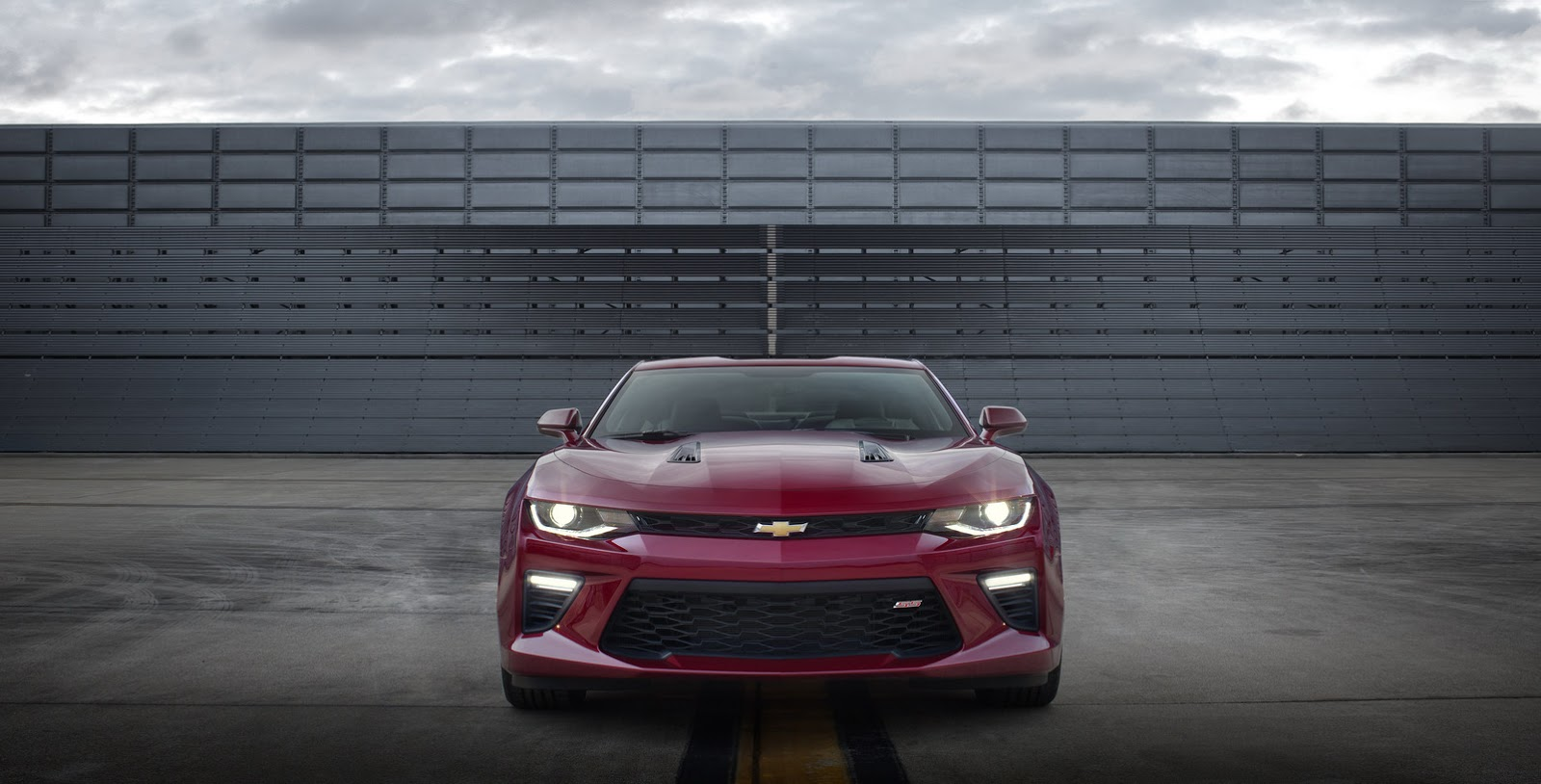 2016 Chevy Camaro Wallpaper   HD 1600x814
