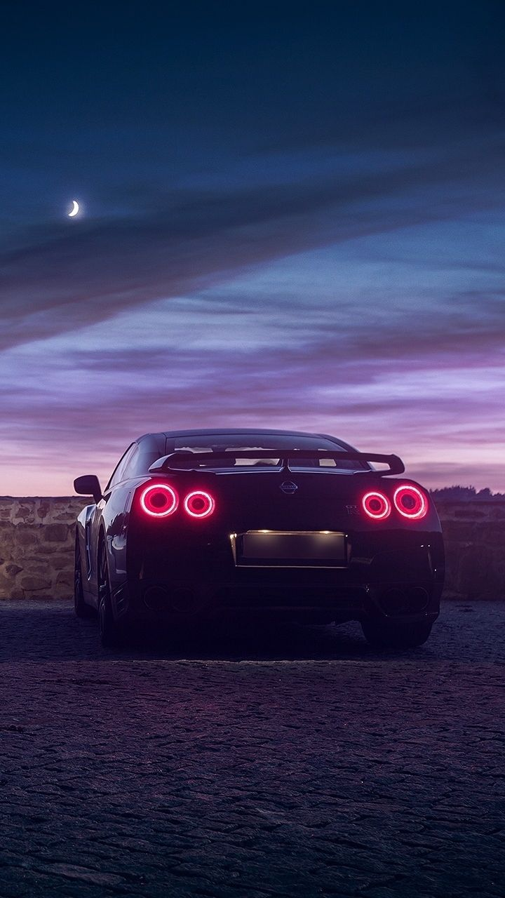 Nissan GTR HD Wallpapers Backgrounds Wallpaper Auto di lusso 720x1280