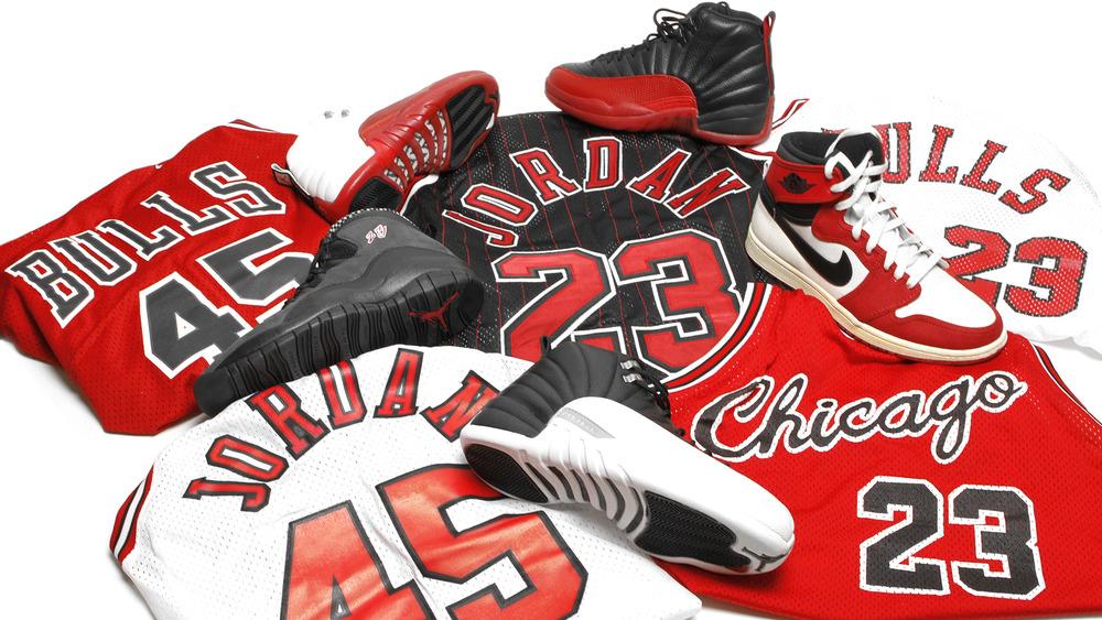 Akicktion Jordan 7 Raptor 2012 1000x563