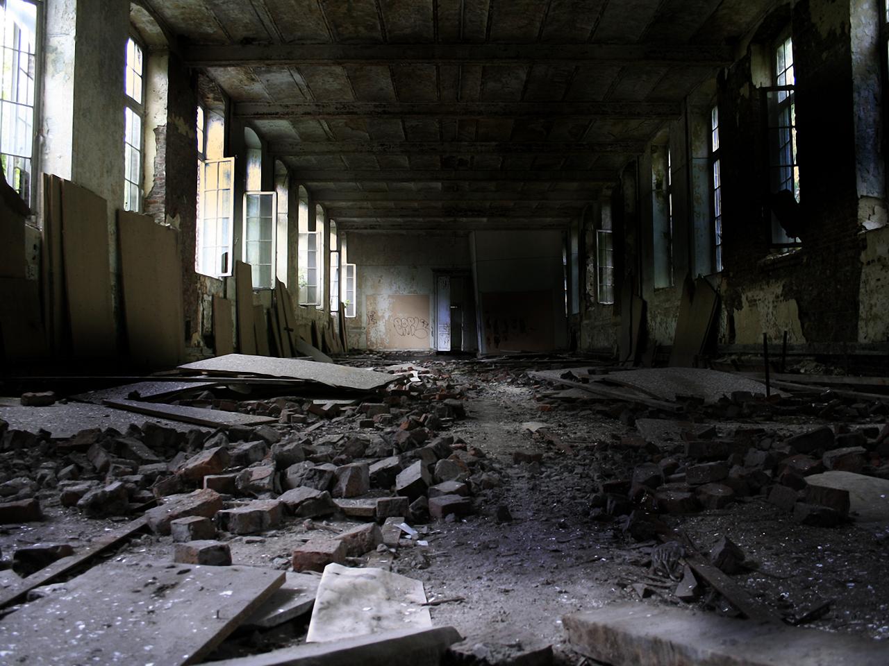 50+] Abandoned Places Wallpaper on WallpaperSafari