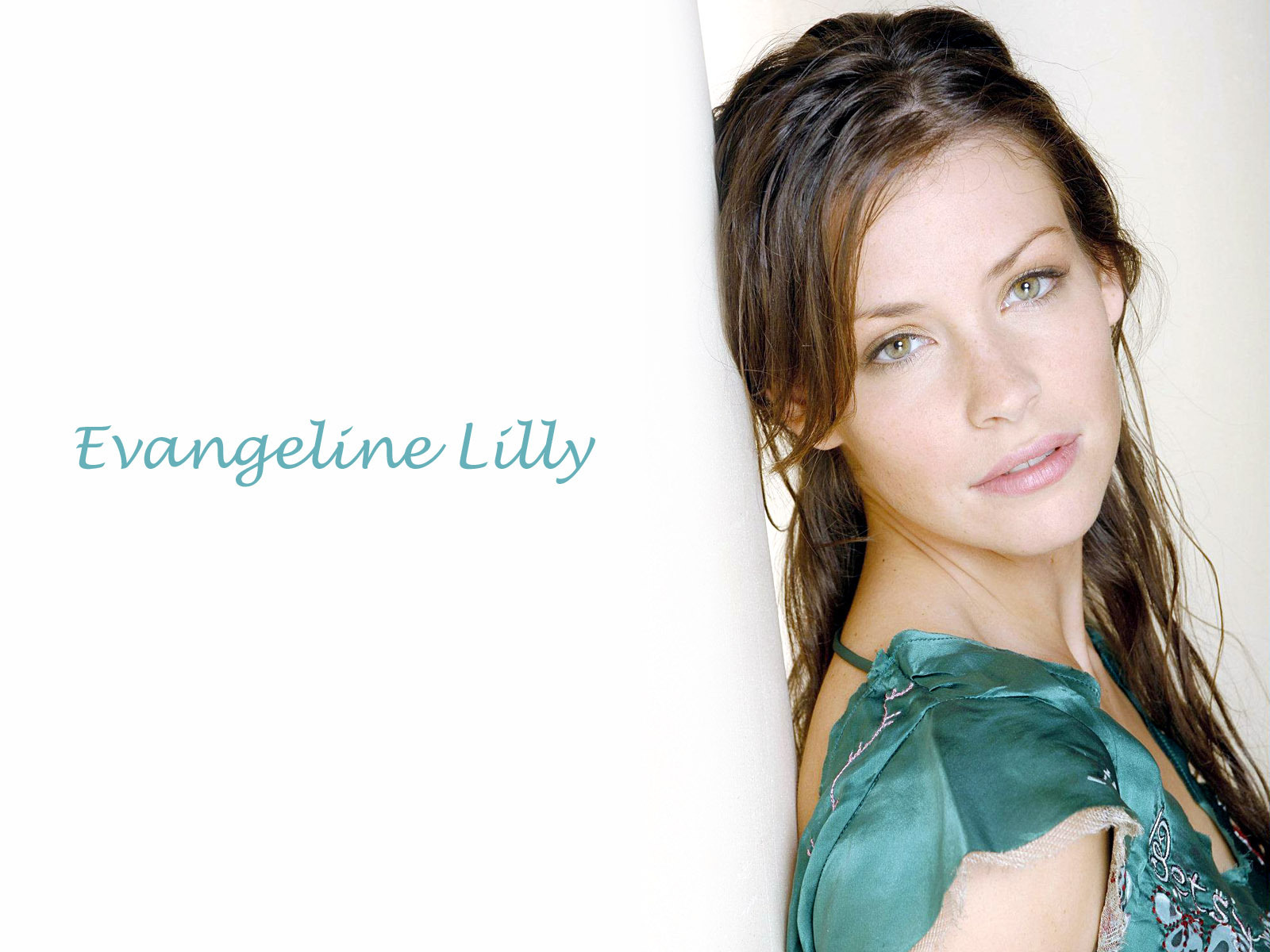 Evangeline Lilly   Evangeline Lilly Wallpaper 20893622 1600x1200