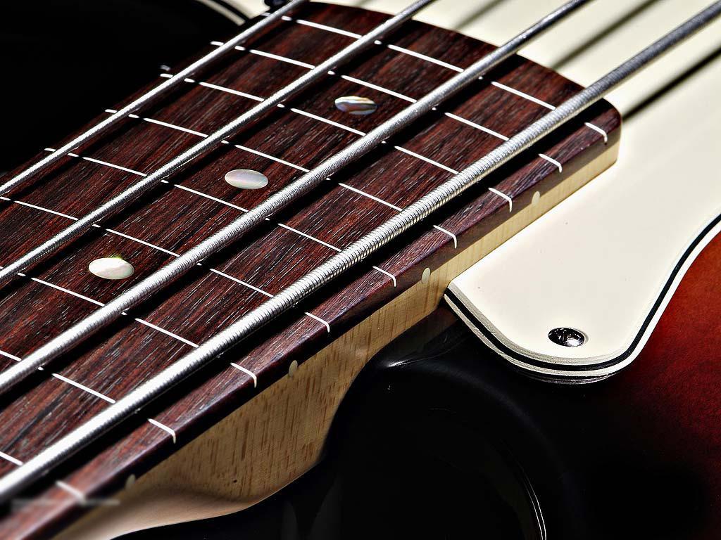Bass guitar Normal 1024x768 1024x768