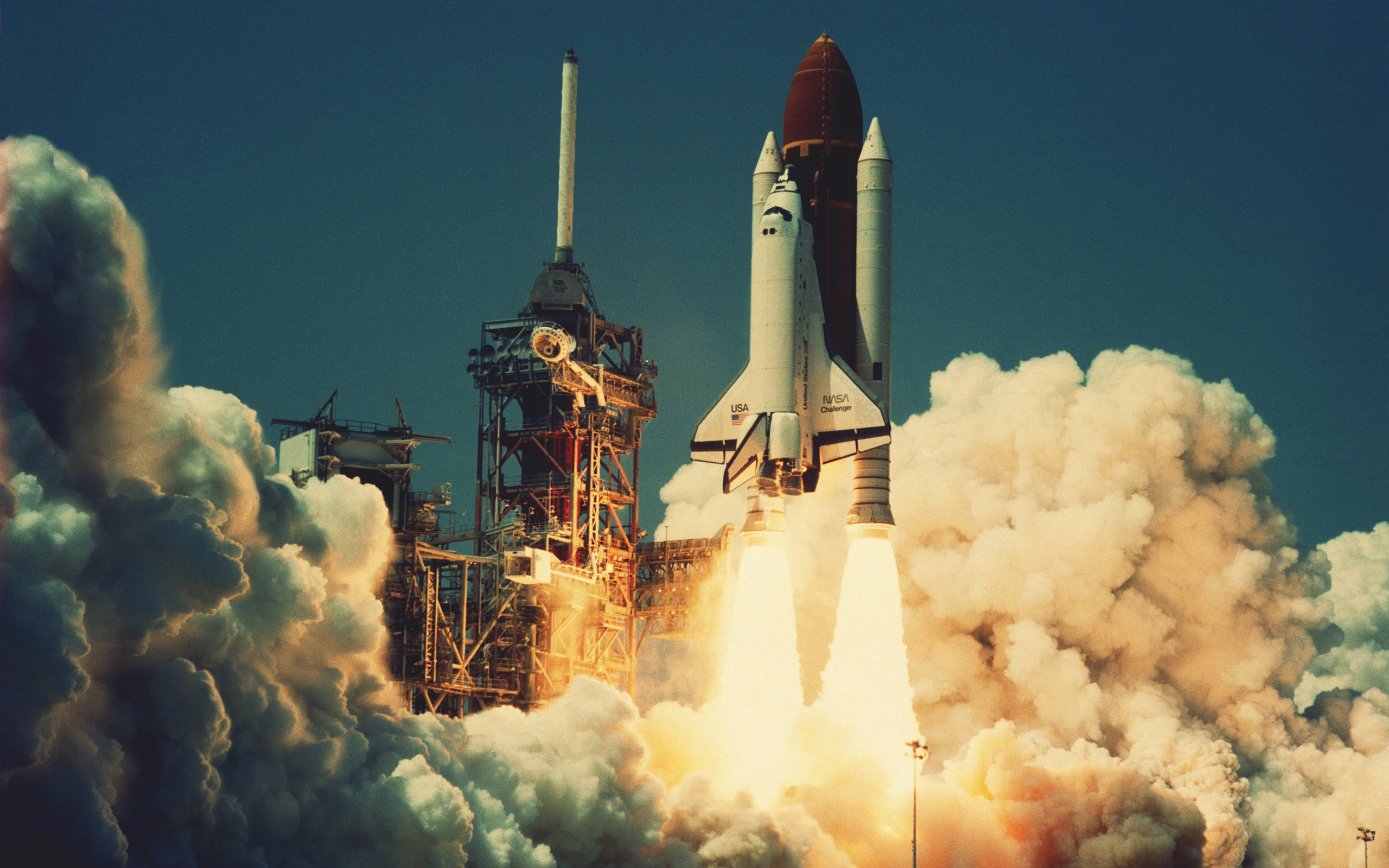 3 Space Shuttle Challenger HD Wallpapers Background Images 2560x1600