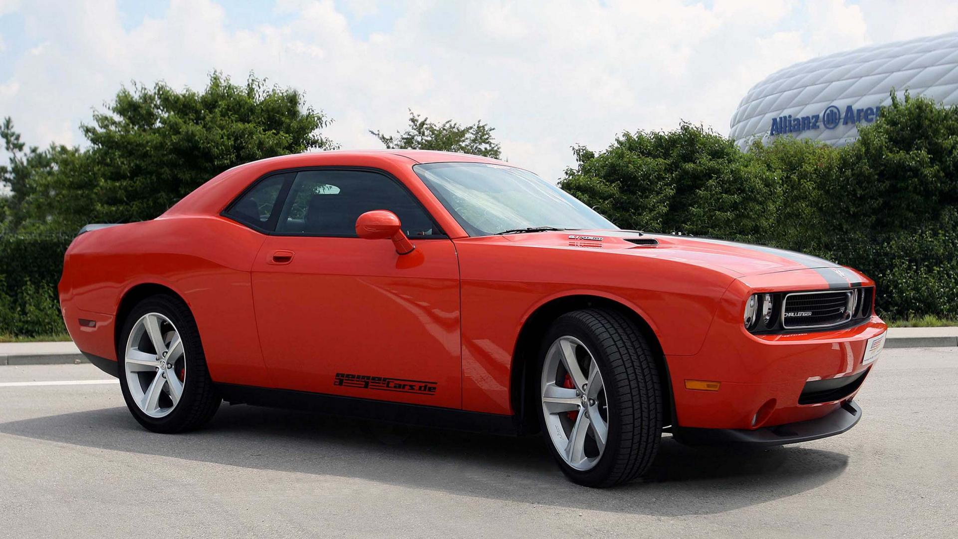 de Dodge Challenger Srt8 front angle Desktop Wallpaper HD 1920x1080 1920x1080