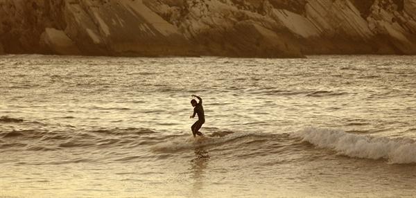Longboard Surf Wallpaper Baleal peniches surfing 600x286
