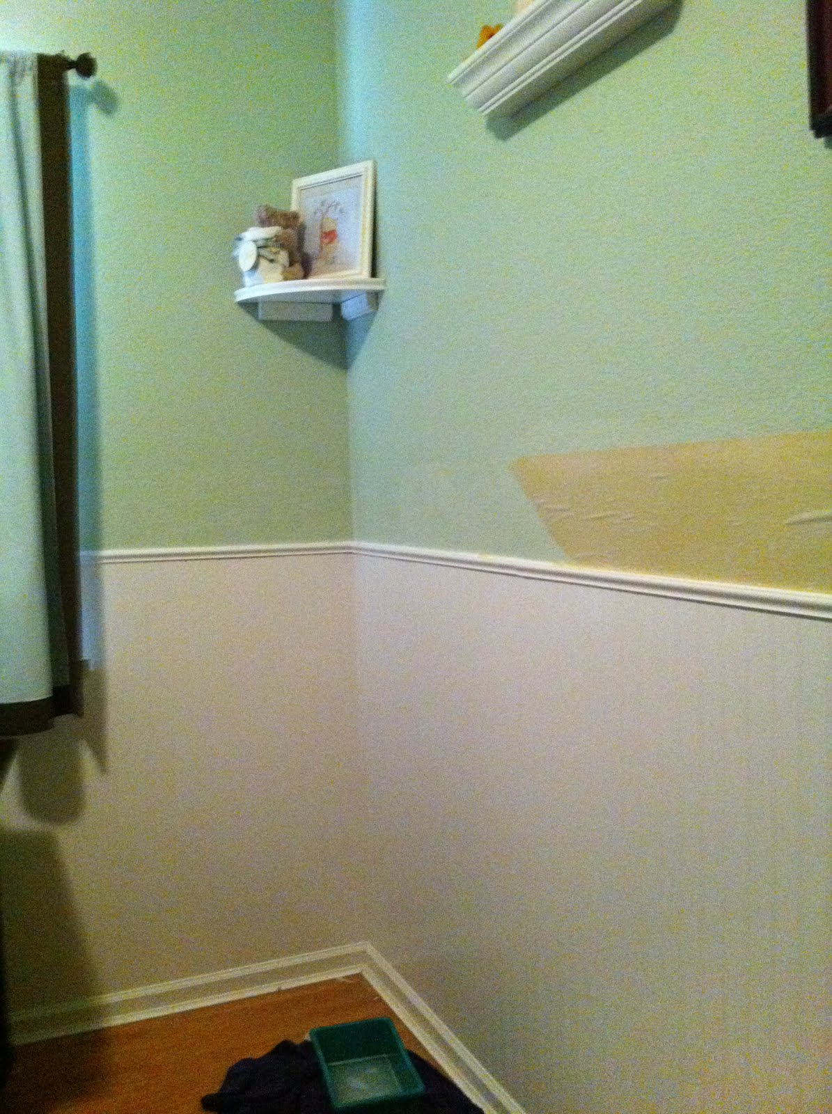 [42+] Wainscoting Wallpaper Kitchen Cabinets on ...