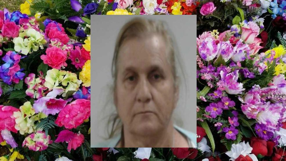 Police Woman who resold stolen graveside flowers arrested WTVC 986x555