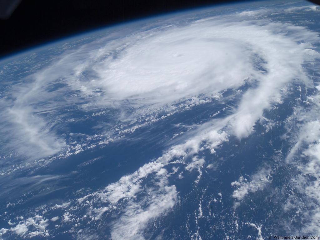 Hurricane WallpaperJPG 1024x768