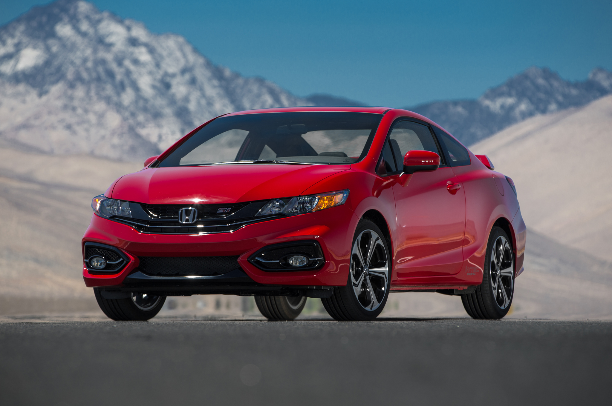 Get indepth unbiased information on the Honda Civic from Consumer Reports including major redesigns pricing and performance and search local inventory