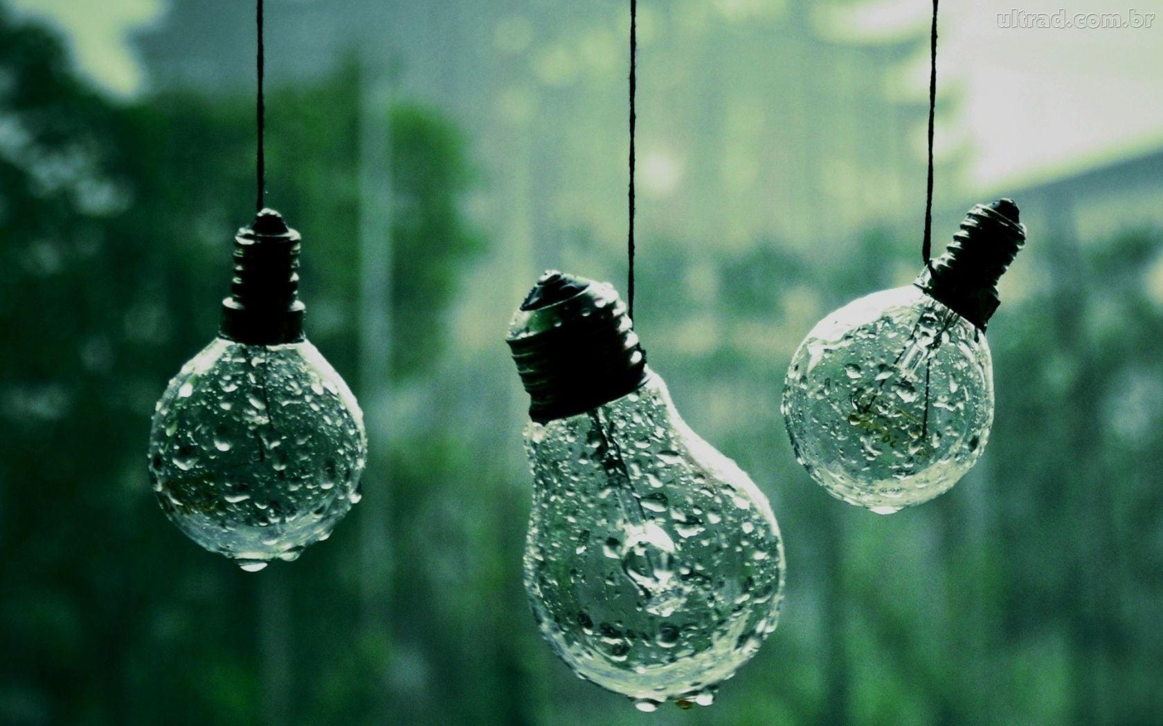 Three incandescent bulbs lightbulb HD wallpaper Wallpaper Flare 1680x1050
