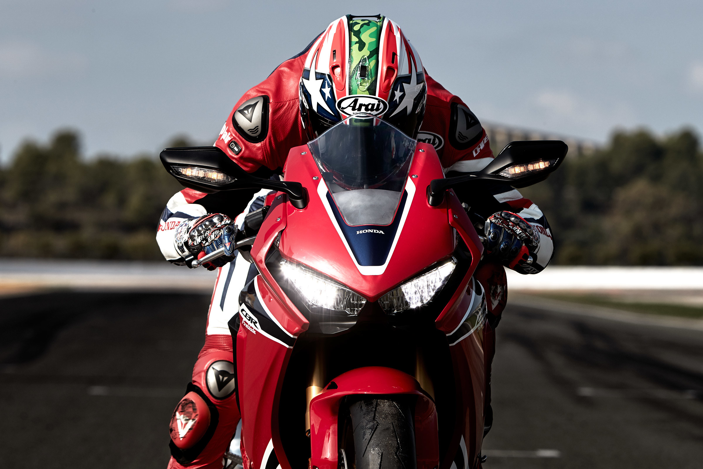 74 Cbr1000Rr Wallpapers on WallpaperPlay 2400x1600