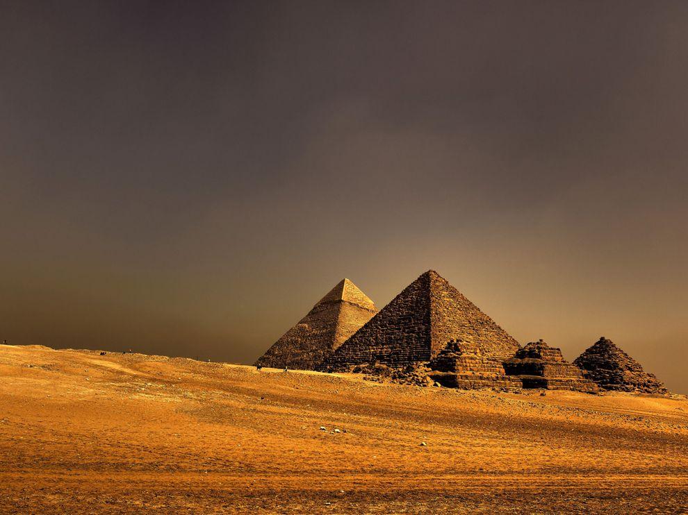 Egyptian Pyramids Wallpaper Egyptian Pyramids Wallpaper 990x742