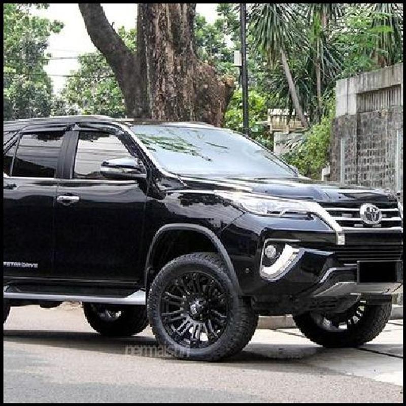 toyota fortuner wallpapers Collection 800x800