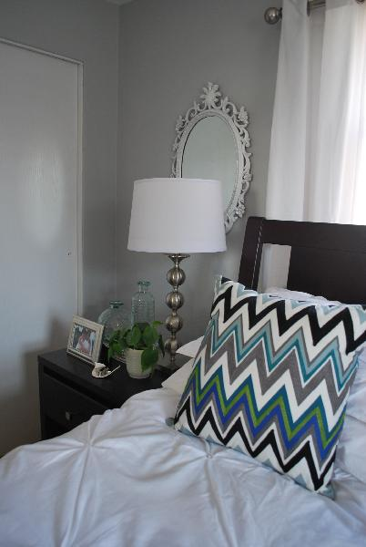Gray Walls Contemporary bedroom Benjamin Moore Stonington Gray 402x600