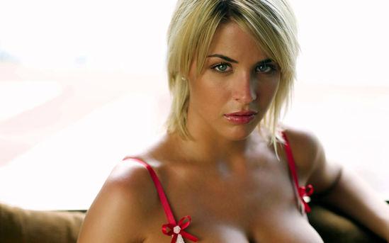 британские фотомодели с большой грудью