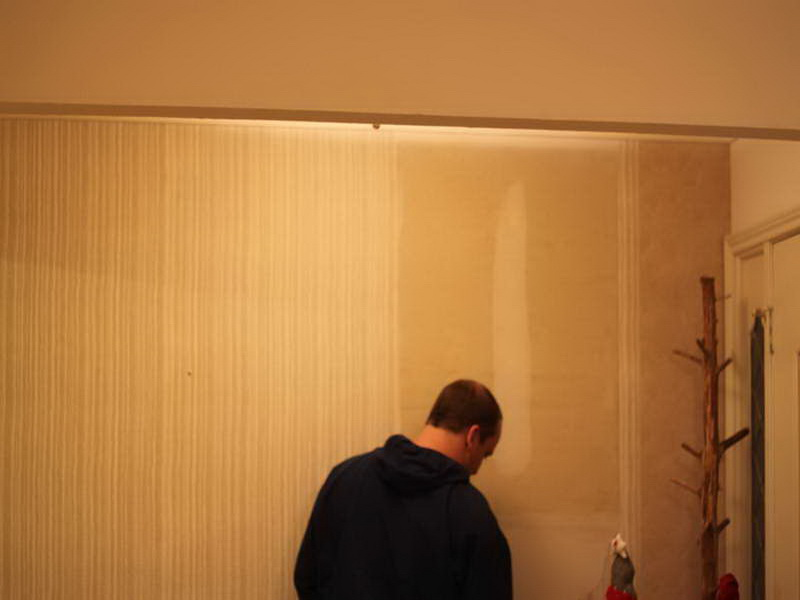 wallpaper removal solution with space room how to remove old wallpaper 800x600