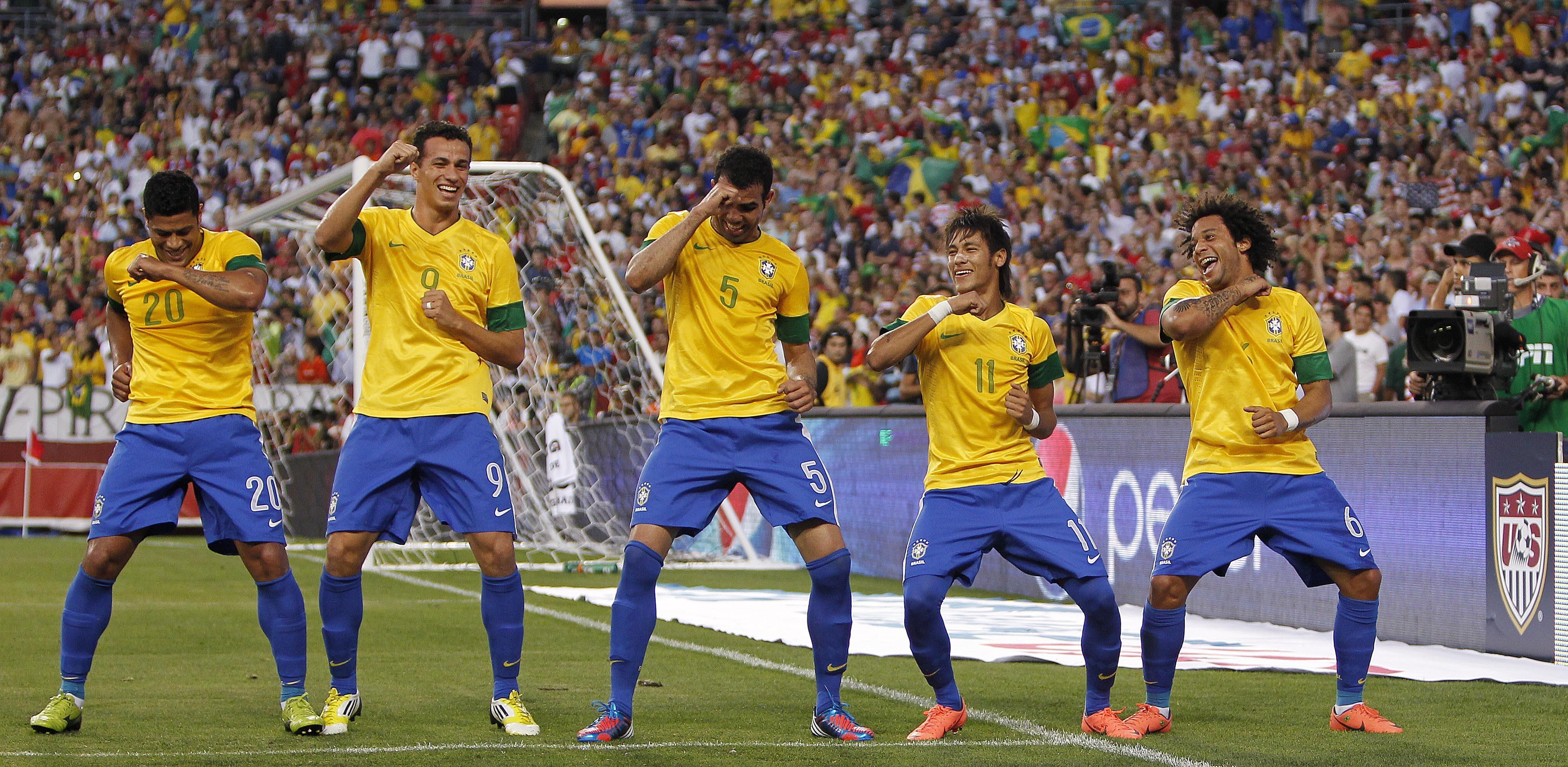 football soccer team braziljpg 4086x1998