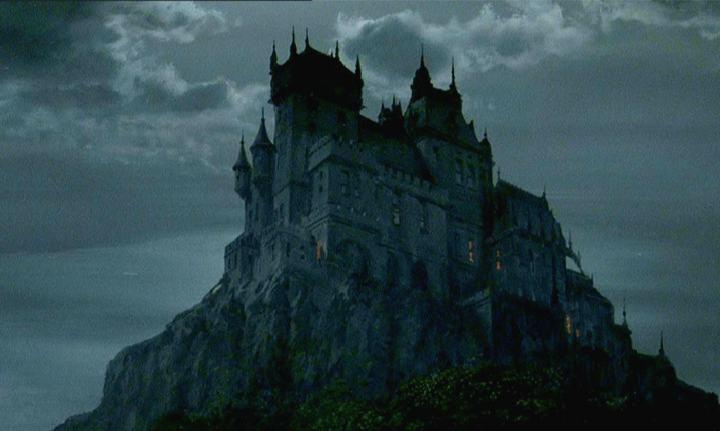 Castle Dracula Draculas 720x431