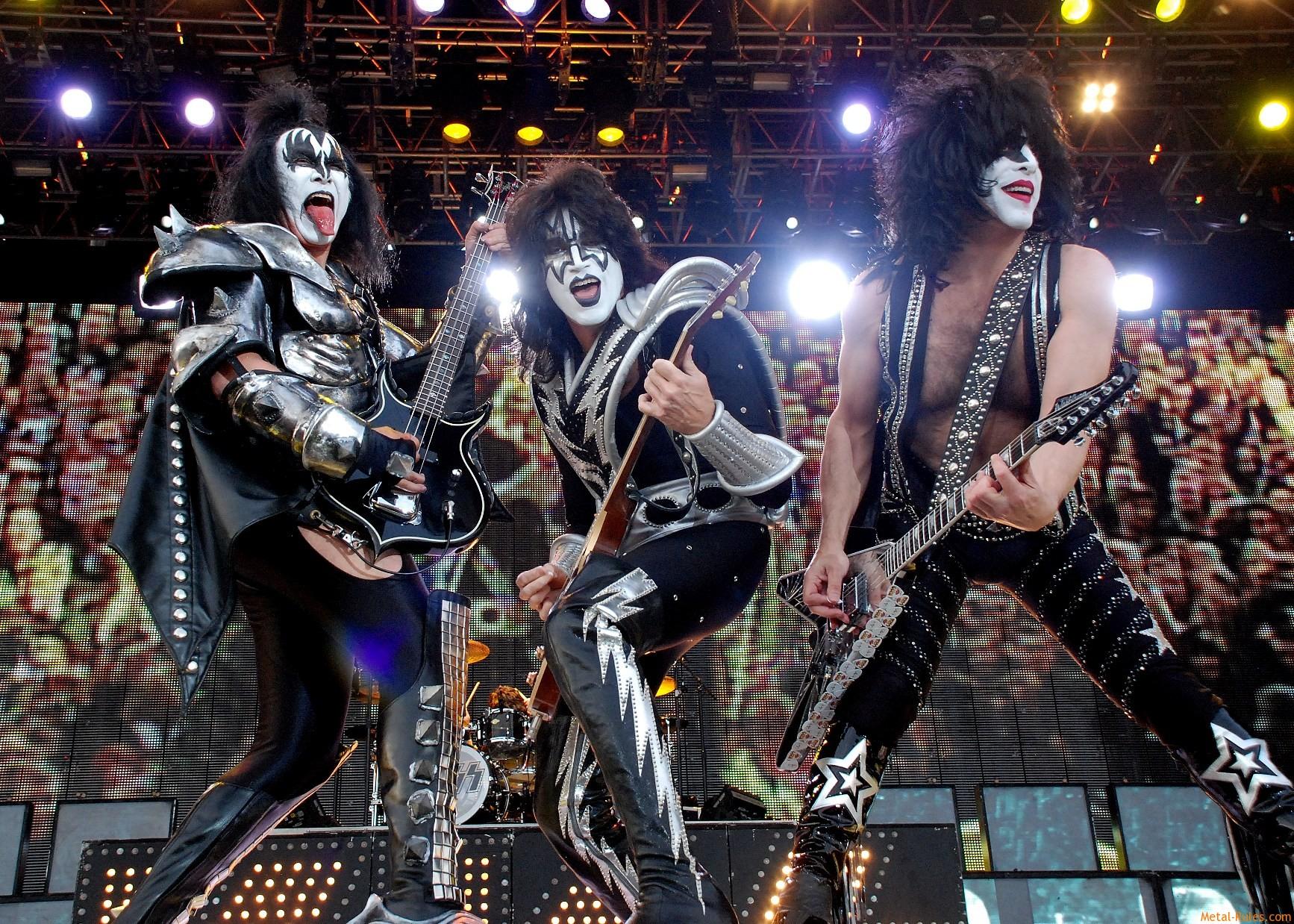 Kiss heavy metal rock bands concert guitar y wallpaper background 1734x1238