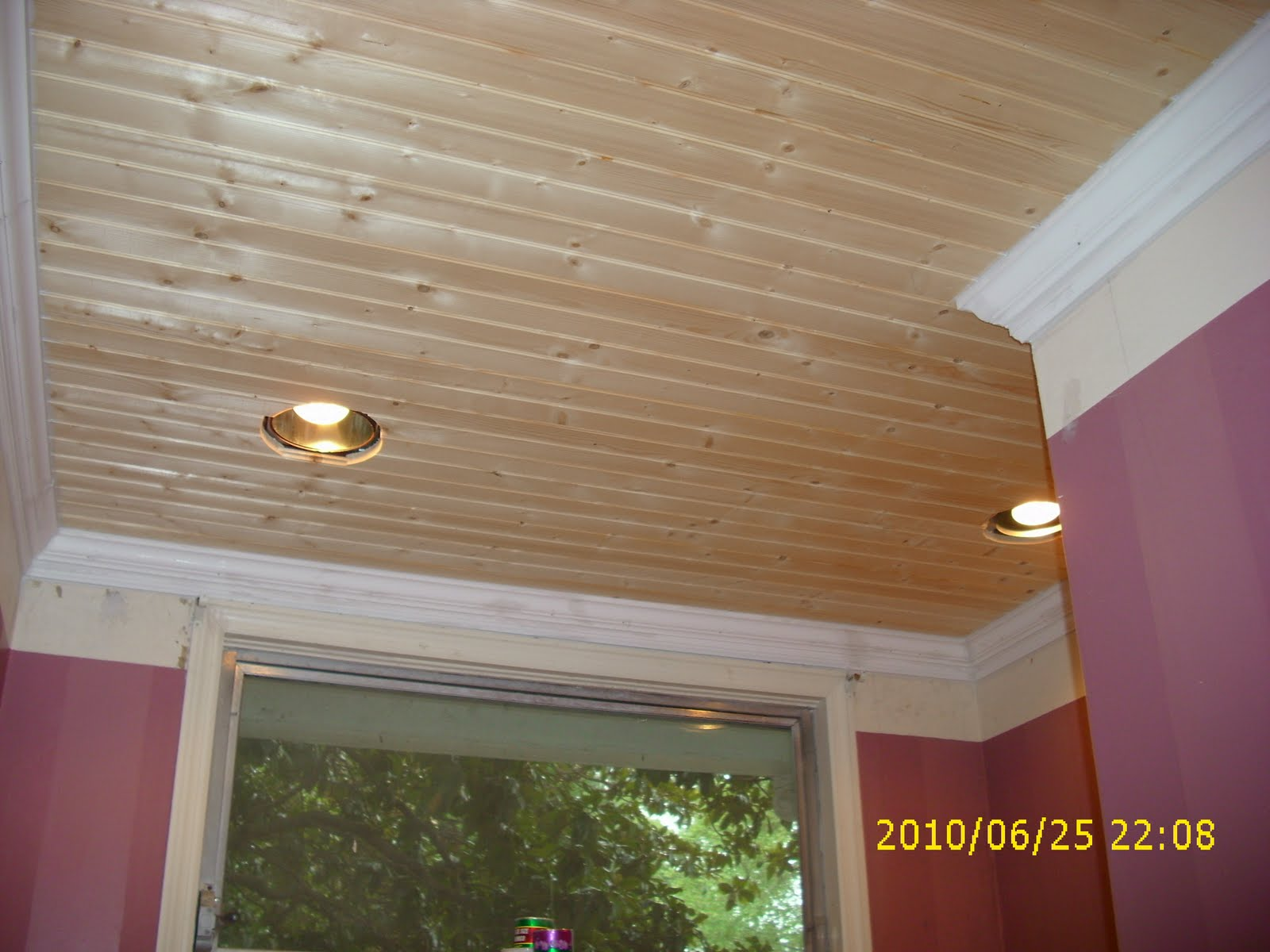 Pinewood Cottage Garden New Ceiling Goes In 1600x1200