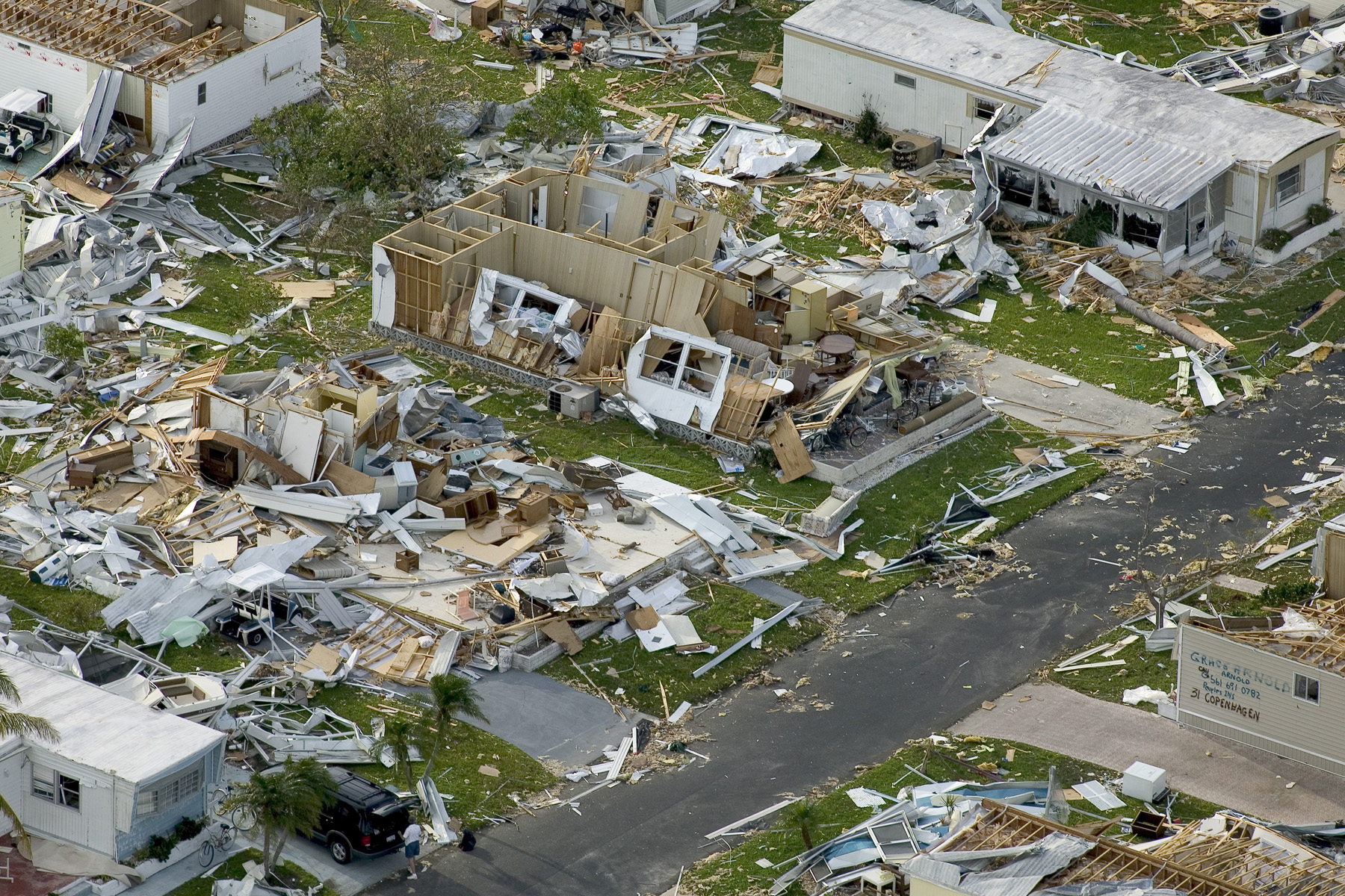 Hurricane Charley Wallpaper and Background Image 1800x1200 ID 1800x1200
