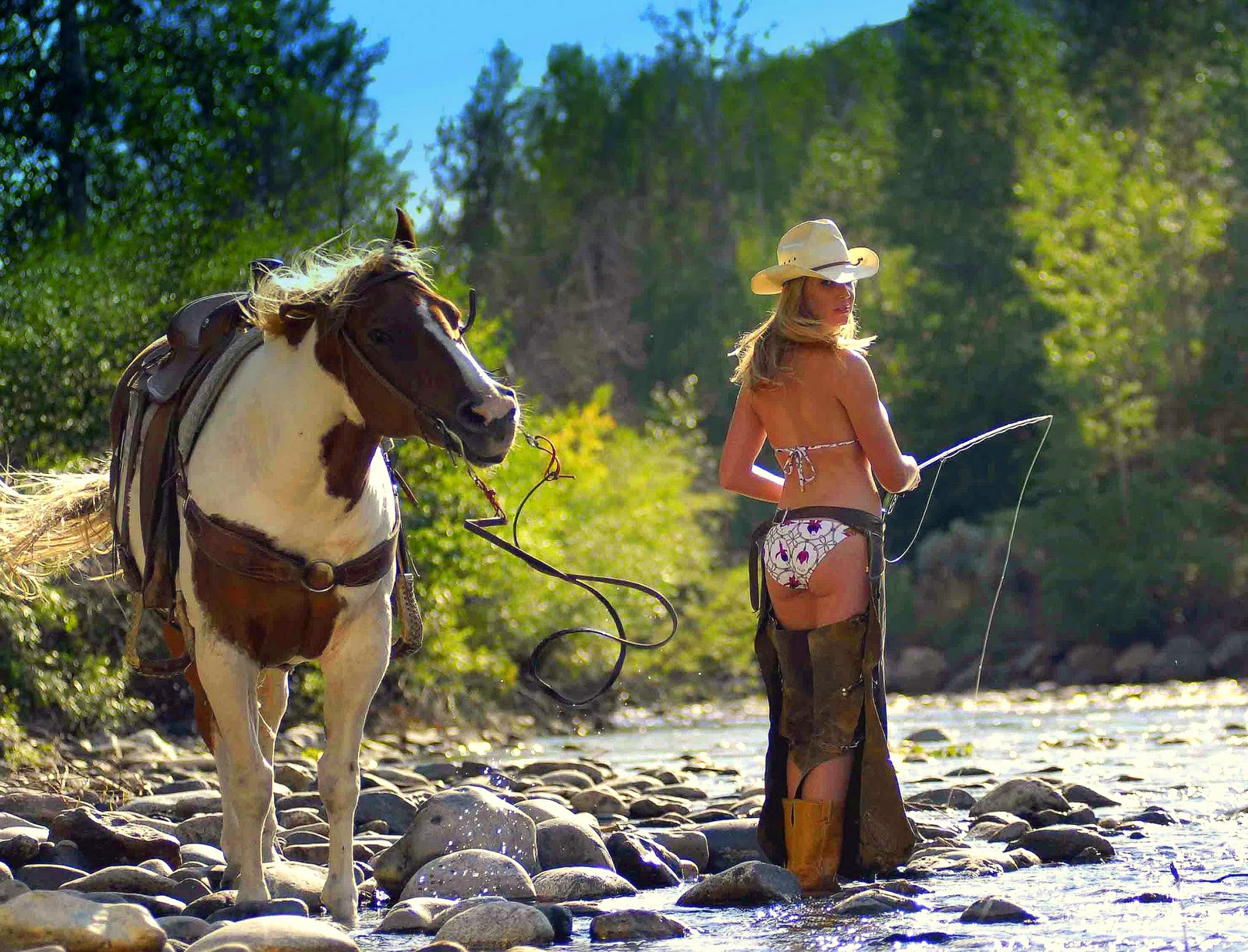 west yellowstone girls Guide to the best hotels and things to do in yellowstone maps, travel tips and more.