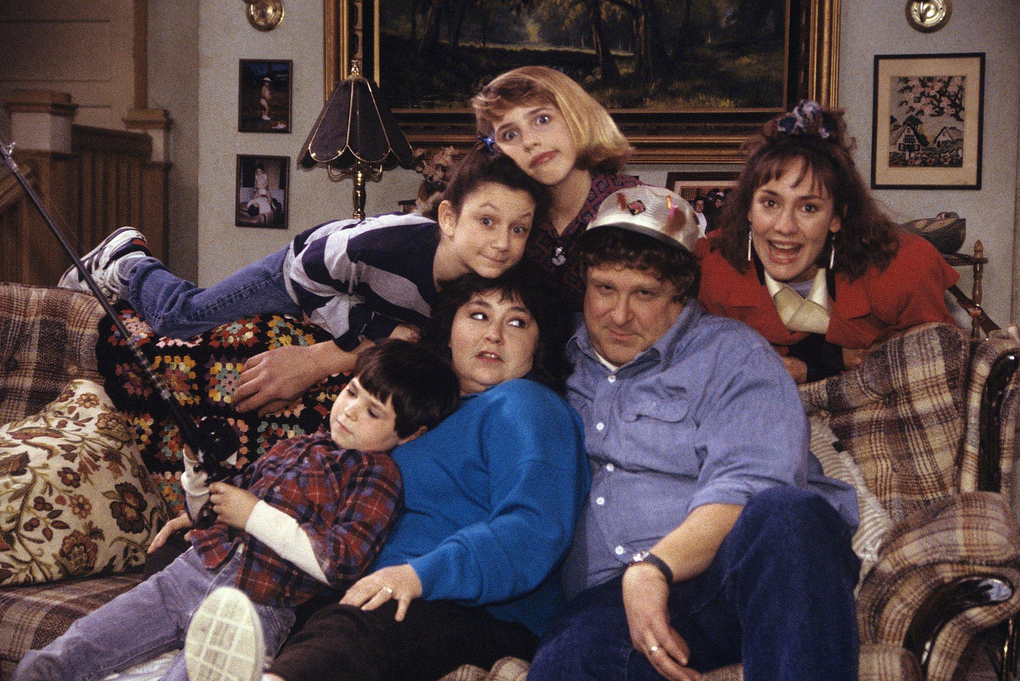 ROSEANNE comedy series sitcom television 1 wallpaper 2048x1368 2048x1368