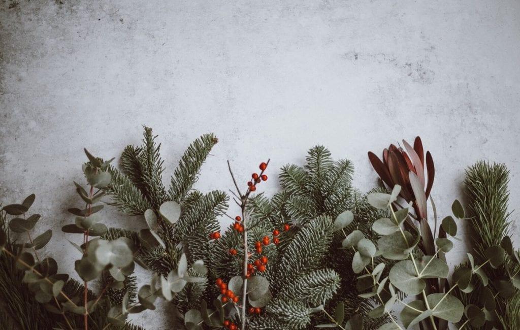 25 Christmas Desktop Backgrounds Wallpapers   Web Design Tips 1024x650