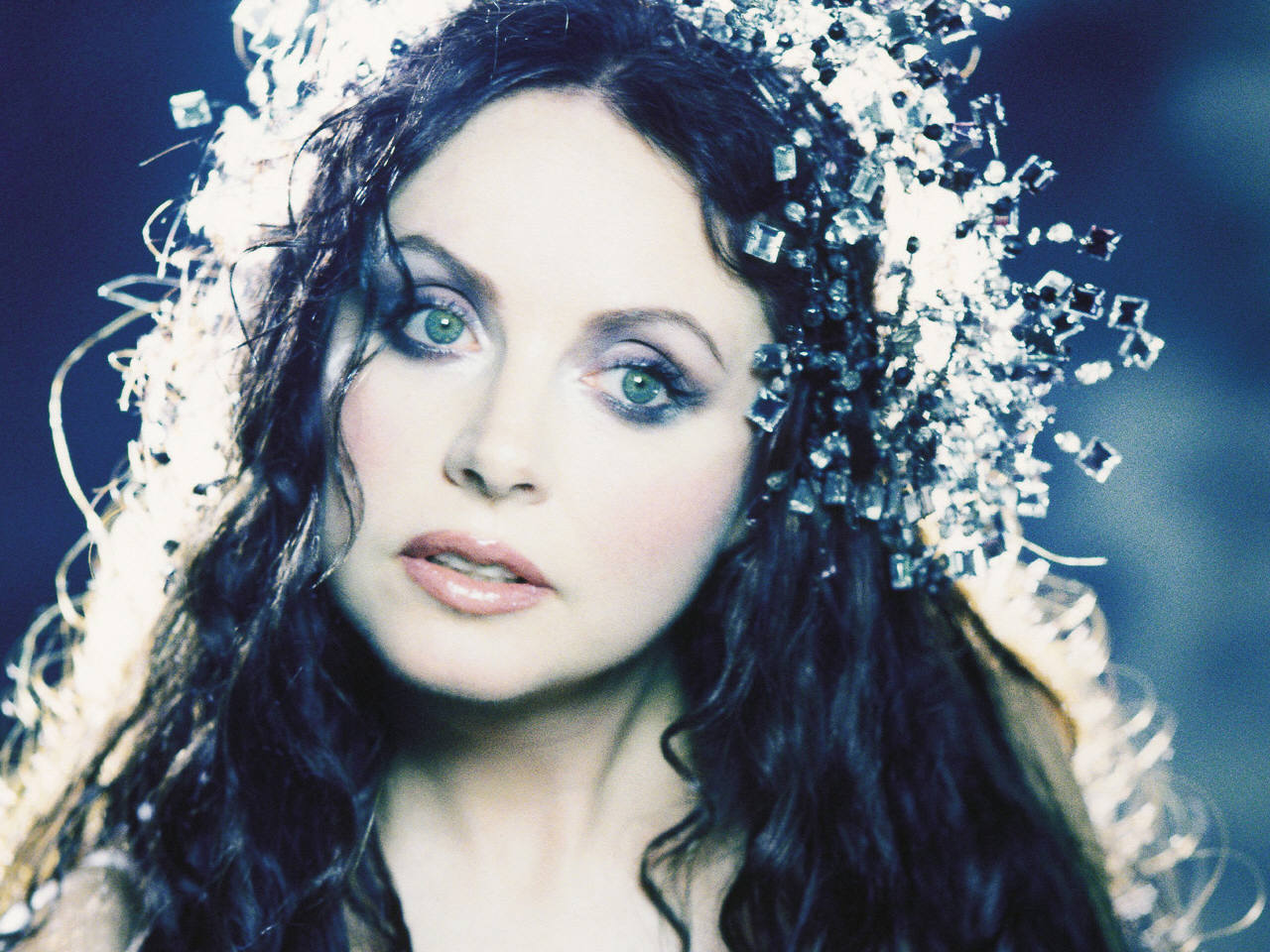 English classical crossover soprano actress songwriter 1280x960