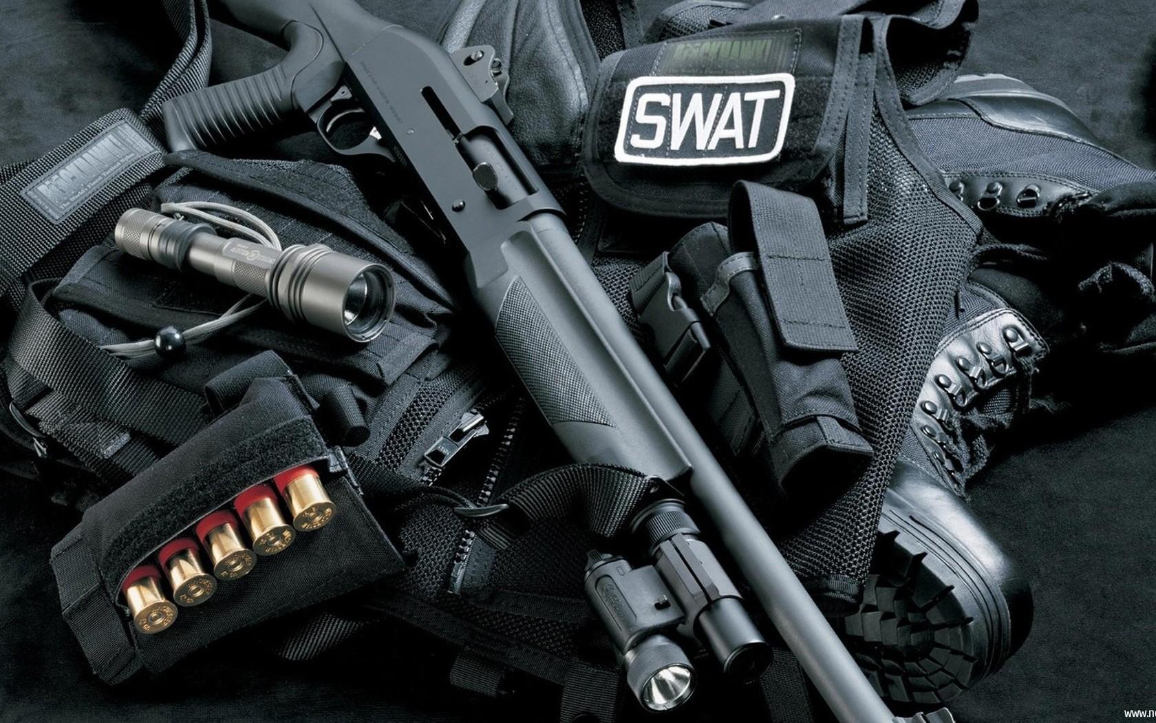SWAT Gear Wallpapers SWAT Gear Myspace Backgrounds SWAT Gear 1680x1050