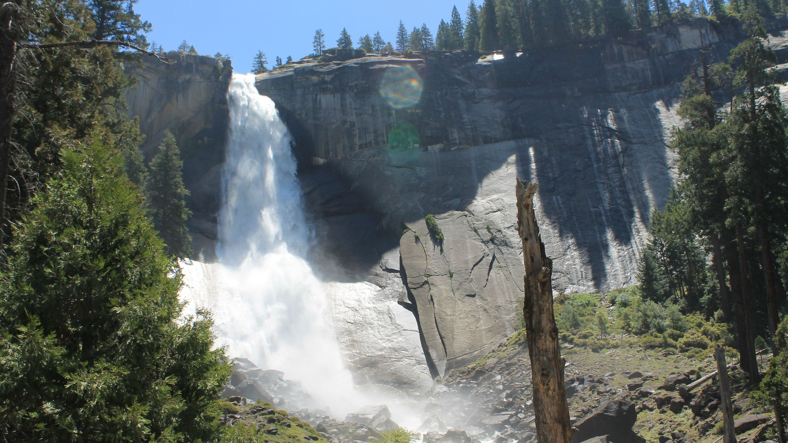 BOTPOST [BOT] Nevada Falls Yosemite National Park USA iimgurcom 2560x1440