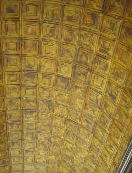PAINTING AGING A CEILING TO LOOK LIKE VERY OLD CEILIING TILES 435x570