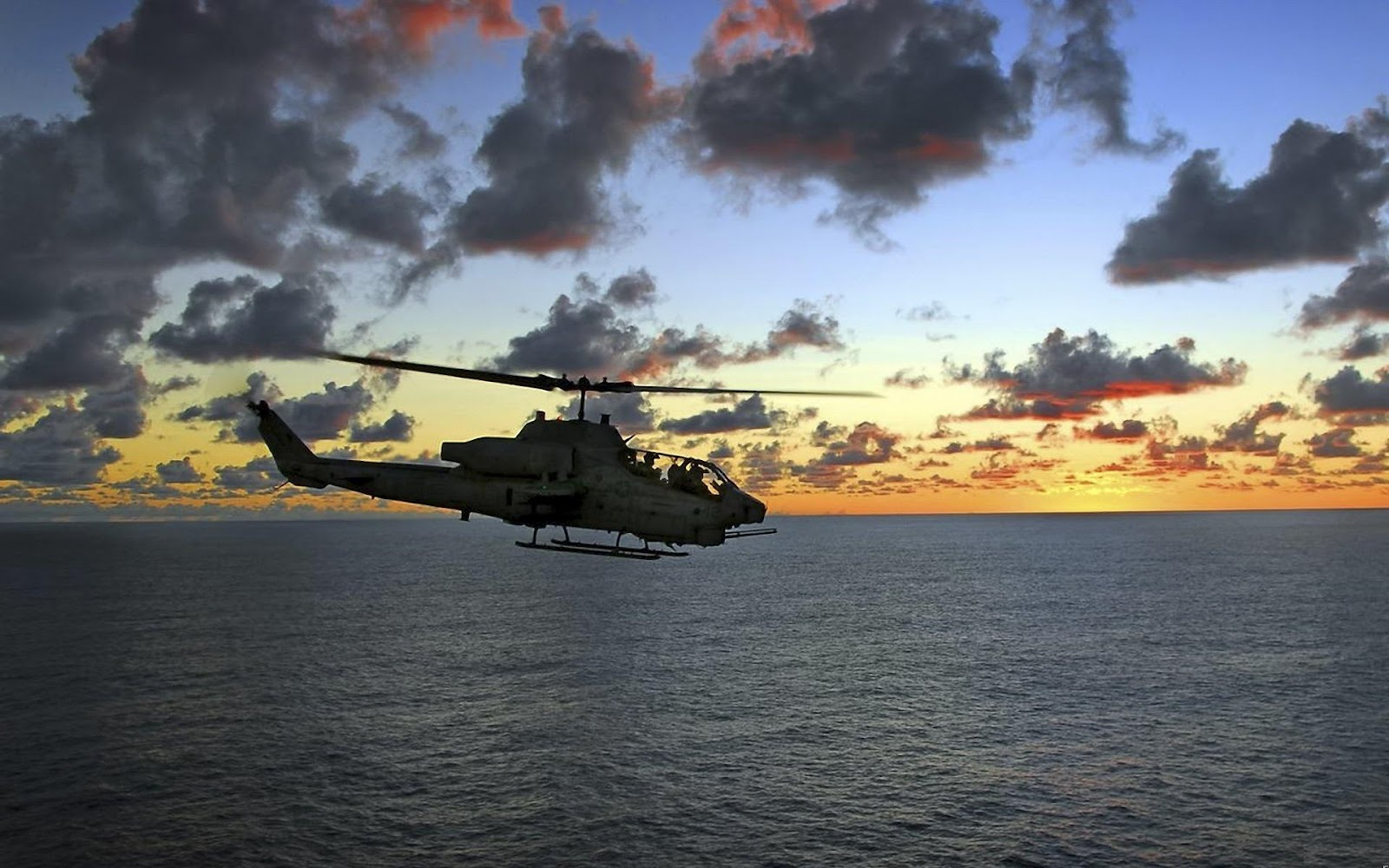 Military Helicopters Wallpaper   SA Wallpapers 1600x1000