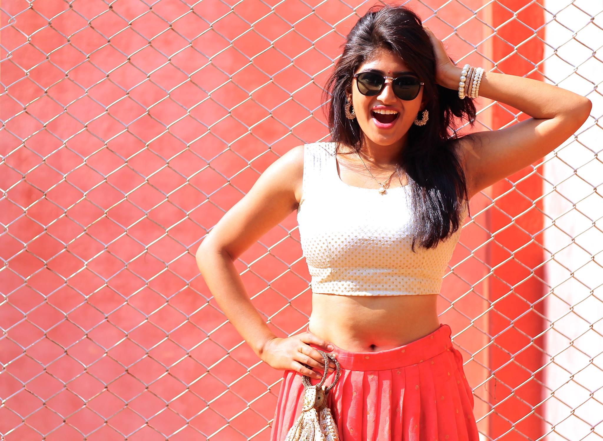 Roshini Prakash Actress Profile and Photos MovieRaja 2048x1497