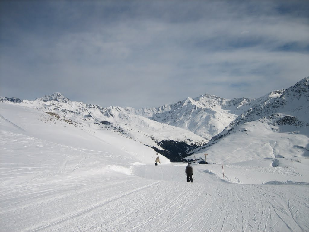 photo of ski slope red from sunny valley to st caterina ski slope 1024x768